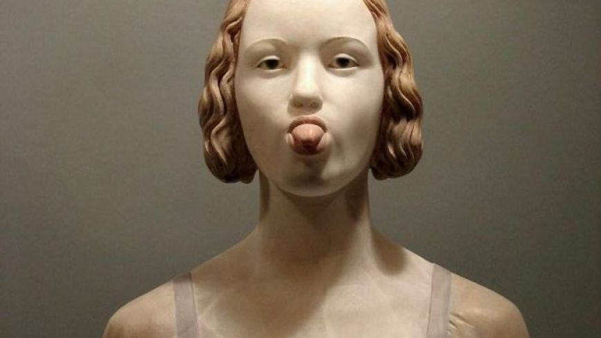 "What If Renaissance Sculptures ""Behaved"" In A Modern Way"