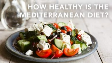 9 Mediterranean diet benefits that explain why experts love it so much