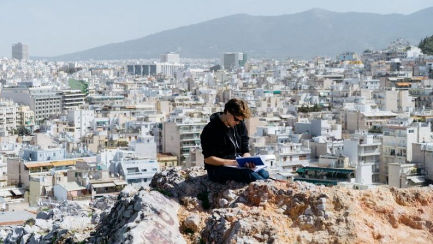 11 books about Greece to read on your summer holiday