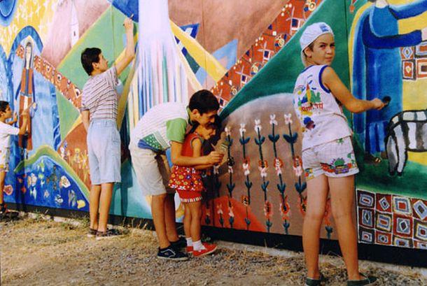 Έκθεση παιδικής ζωγραφικής «Οι Γέφυρες του Κόσμου»