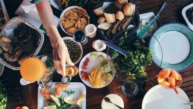 «Εστιατόριο» με δωρεάν φαγητά από σκουπίδια κάνει θραύση