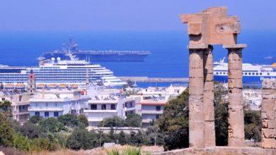 Ο τουρισμός σώζει την ασθμαίνουσα ελληνική οικονομία