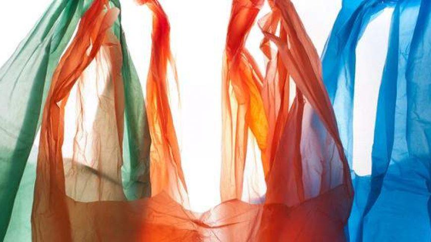 Επικίνδυνη για το περιβάλλον και τη δημόσια υγεία η χρήση πλαστικής σακούλας