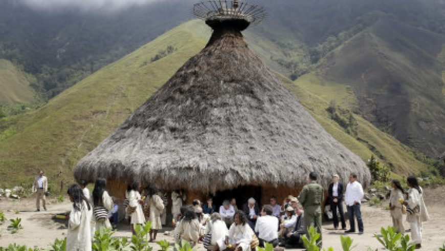 Kogi: Η φυλή της Κολομβίας που θεωρεί καθήκον της να προστατεύει την φύση από τις καταστροφές