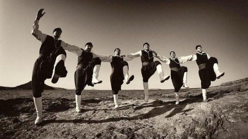 1ο Σεμινάριο Παραδοσιακών Χορών από τη «Νέα Χορωδία» Λευκάδας και την «Θεοτόκο» Βόνιτσας