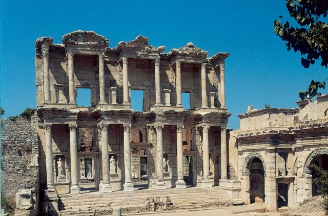 Μια συζήτηση για την αρχιτεκτονική των βιβλιοθηκών από την Αρχαιότητα έως την Αναγέννηση