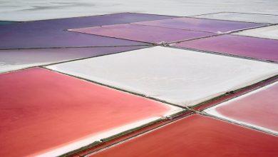 Αεροφωτογραφίες από τις πιο «ζωντανές» χρωματικά αλυκές του κόσμου