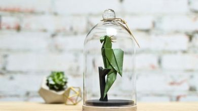 Florigami: Περίπλοκα, origami ζώα που ζουν μέσα σε γυάλινα βάζα