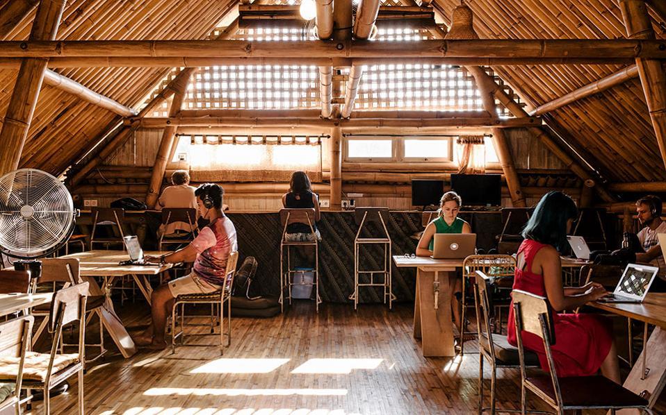 Ψηφιακοί νομάδες: Εργασία μακριά από το γραφείο