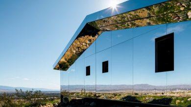 Εντυπωσιακή εγκατάσταση από καθρέφτες στο Desert X art festival