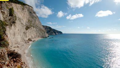 Το Paris Match προτρέπει τους Γάλλους: Πηγαίνετε σε αυτές τις 10 ελληνικές παραλίες
