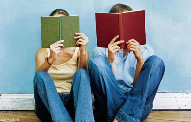 4 ways to make bookish friends in real life