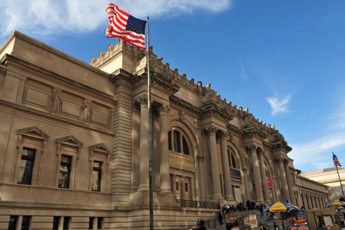 Το ρεκόρ του Metropolitan στη Νέα Υόρκη δείχνει πως τα μουσεία δεν είναι «υπό εξαφάνιση»
