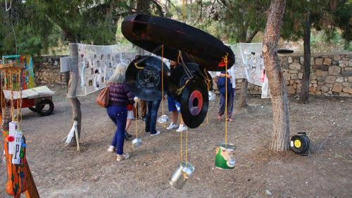 Αίγινα: Μαθητές έφτιαξαν θερινό σινεμά από σκουπίδια