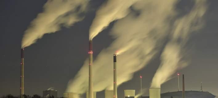 ΕΕ: Μειώθηκαν κατά 3% οι εκπομπές διοξειδίου του άνθρακα στην Ελλάδα