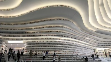 Η πιο όμορφη βιβλιοθήκη από τα πιο τρελά sci-fi όνειρά μας, άνοιξε πρόσφατα στην Κίνα