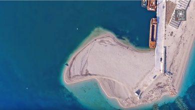 Αμμόγλωσσα, η κατάλευκη παραλία της Λευκάδας που αλλάζει συνεχώς πρόσωπα