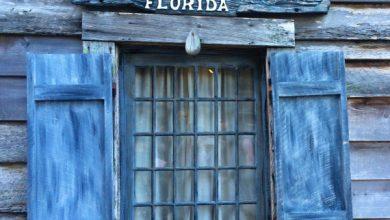 Το πρώτο ξύλινο σχολείο-σπίτι στις ΗΠΑ φτιάχτηκε από Έλληνες τον 18ο αιώνα. Και αυτή είναι η ιστορία του