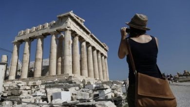 Daily Telegraph: Ελλάδα και Κύπρος κορυφαίοι τουριστικοί προορισμοί