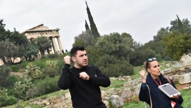 Για πρώτη φορά στην Ελλάδα άτομα με προβλήματα στην ακοή ξεναγήθηκαν σε αρχαιολογικό χώρο
