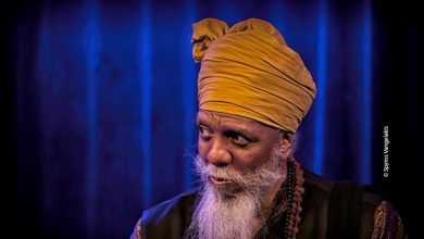 Οι «Ηχογραφίες» του φωτογράφου-γραφίστα Σπύρου Βαγγελάκη στο Μουσικοτρόπιο