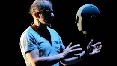 Ο Simon McBurney γράφει το μήνυμα της Παγκόσμιας Ημέρας Θεάτρου