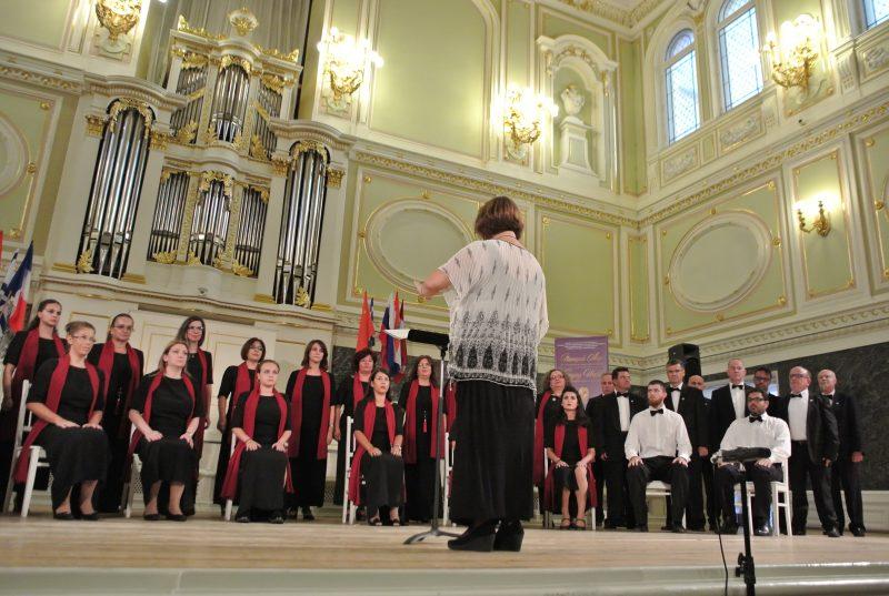 Το μικτό τμήμα της Χορωδίας Πρέβεζας «Αρμονία» στο Πασχαλινό Φεστιβάλ Σόφιας