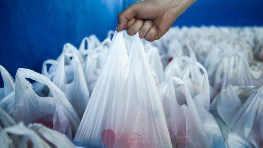 Εταιρεία στη Γκάνα μετατρέπει πλαστικές σακούλες σε πλάκες πεζοδρομίου