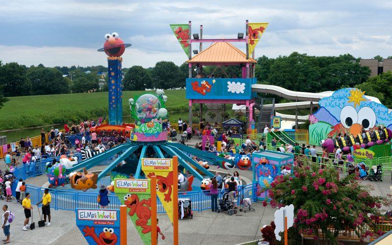 «Sesame Place»: Το πρώτο θεματικό πάρκο στον κόσμο για παιδιά με αυτισμό και ειδικές δεξιότητες
