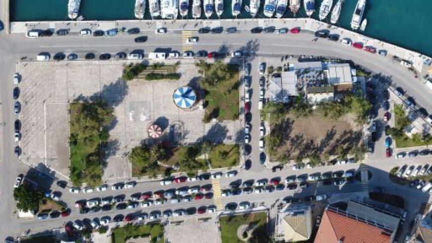 Ολοκληρώθηκε η κατασκευή της νησίδας στην παραλία της Λευκάδας