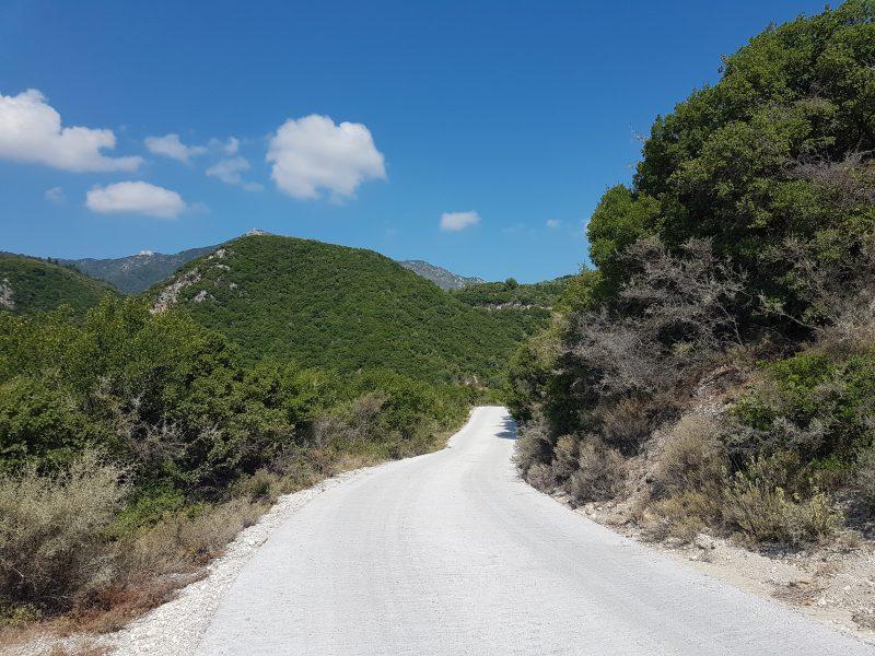 Ολοκληρώθηκε η αποκατάσταση του αγροτικού δρόμου στη θέση «Αηδονάκι»
