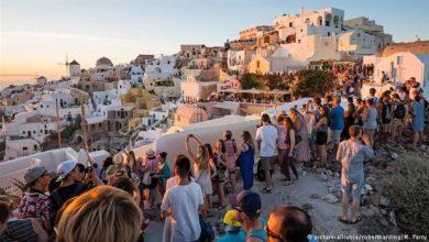 DW : Οι παρενέργειες της ελληνικής τουριστικής ανάπτυξης