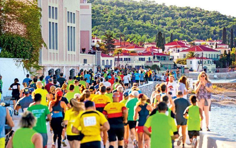 Αφιέρωμα: Οι τουρίστες έρχονται… τρέχοντας