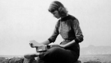 Σαν σήμερα γεννήθηκε η Σύλβια Πλαθ, η ανήσυχη ποιήτρια με την ταραγμένη ζωή