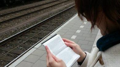 Μπορεί ένα χαριτωμένο μικροσκοπικό βιβλίο να υποκαταστήσει το κινητό μας;