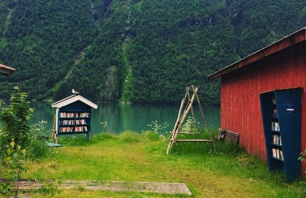 Το χωριό με τους 280 κατοίκους και τα 150.000 βιβλία