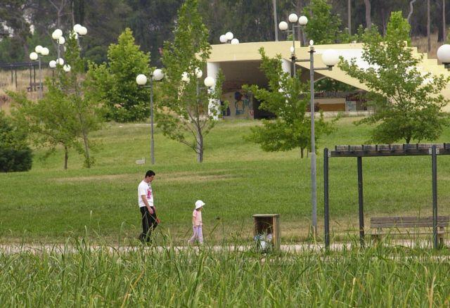 Καλύτερη ψυχική υγεία για τα παιδιά που μεγαλώνουν στο πράσινο