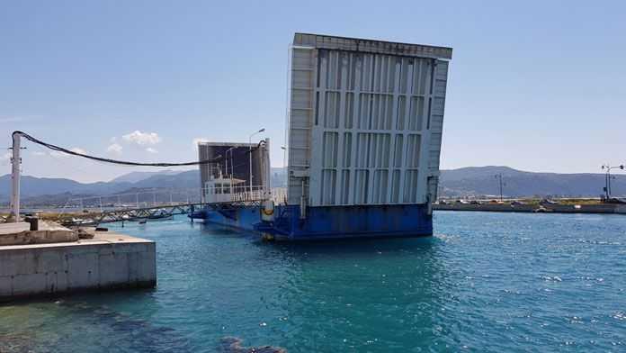 Aλλαγή ωραρίου πλωτής γέφυρας λόγω Πράσινου Ημιμαραθωνίου