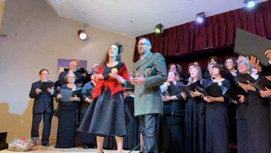 Μια υπέροχη βραδιά γεμάτη μουσική και τραγούδι η 32η συνάντηση χορωδιών στη Λευκάδα