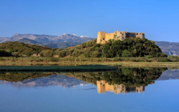 Το Κάστρο του Γρίβα στη Λευκάδα με την υπέροχη θέα