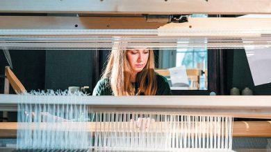 Ένας ελληνικός αργαλειός «δουλεύει» στο ανατολικό Λονδίνο