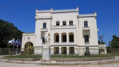 Μελίσσια για πρώτη φορά στη στέγη δημόσιου κτηρίου στην Ελλάδα