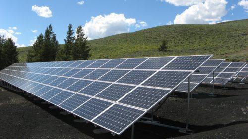 Η Ελλάδα μέσα στις πρώτες 9 χώρες στην παραγωγή ενέργειας από ανανεώσιμες πηγές