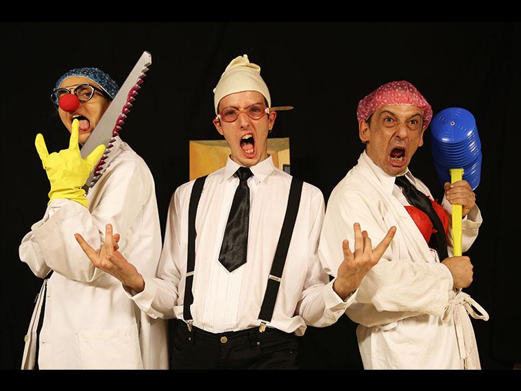 Οι Τσιριτσάντσουλες παρουσιάζουν τη θεατρική παράσταση «Πονάει το μυαλό μου»