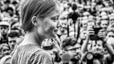 Γκρέτα Τούνμπεργκ: Η Ζαν Ντ' Αρκ της κλιματικής αλλαγής