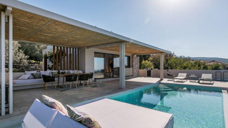 Διπλή βράβευση για τις Art Blue Villas στους Τσουκαλάδες Λευκάδας στα 100% Hotel Design Awards