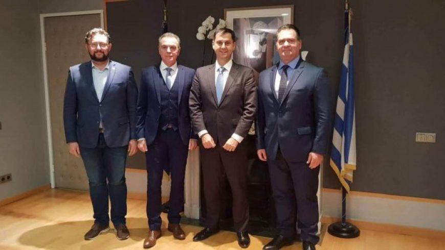 Συνάντηση του Προέδρου του Επιμελητηρίου Λευκάδας με τον Υπουργό Τουρισμού κ. Χάρη Θεοχάρη