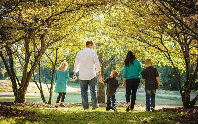 «Επιτυχείς και ανεπιτυχείς γονεϊκοί ρόλοι» στο Κέντρο Νεότητος