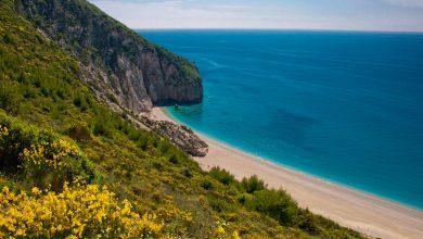 Conde Nast Traveller: Λευκάδα | Καλύτερο νησί για τους λάτρεις της ιστιοπλοΐας, σέρφερ και όσους αγαπούν τις όμορφες παραλίες