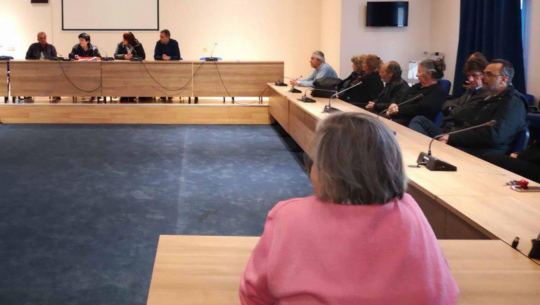 Ειδικοί του Νοσοκομείου Λευκάδας ενημέρωσαν το προσωπικό της Π.Ε. Λευκάδας για τον κορωναϊό CONVID19